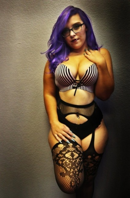 How many sissies wanna play dress up for a curvy mistress?