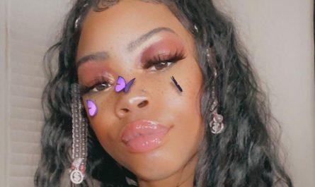 Exotic ebony webcam goddess.