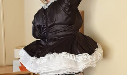 Sissy maid Vanessa at work.