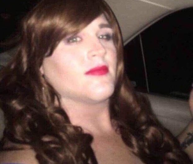 Gay Sissy Rhonda out there working it